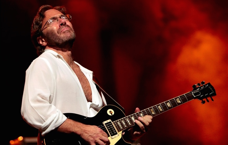 Al Di Meola Elegang Gypsy and More Tour 2015